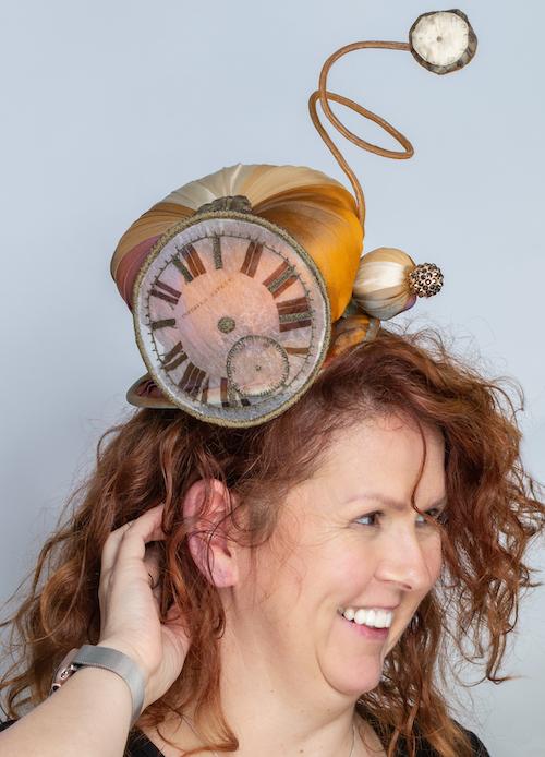 Exhibition_head_piece_Timepiece